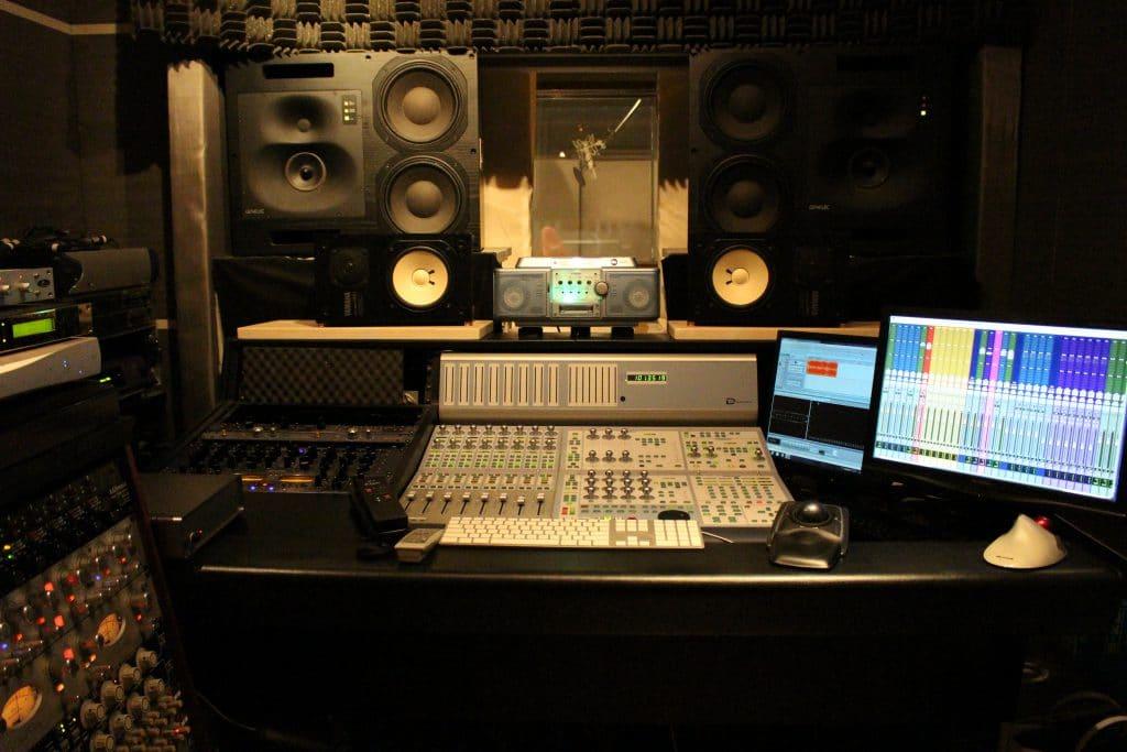 スタジオ | 株式会社フルハウス